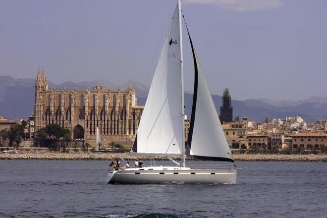 Bavaria 55 Cruiser. Built: 2011/2012; Length over all: 16.75 m; Beam: 4,76 m ...