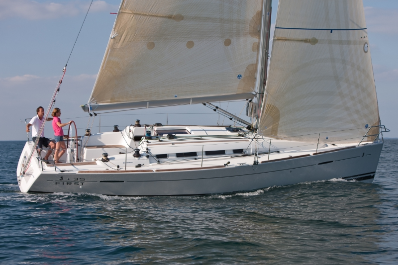 Beneteau First 35. Built: 2011/2012; Length over all: 10.66 m; Beam: 3,89 m ...