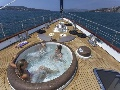 Sun deck with jacuzzi