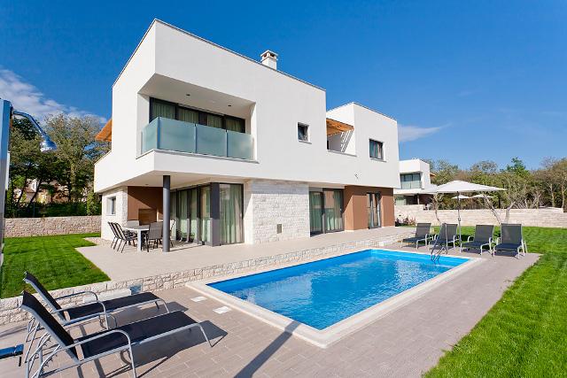 villa alda vile u istra croatia charter holidays. Black Bedroom Furniture Sets. Home Design Ideas