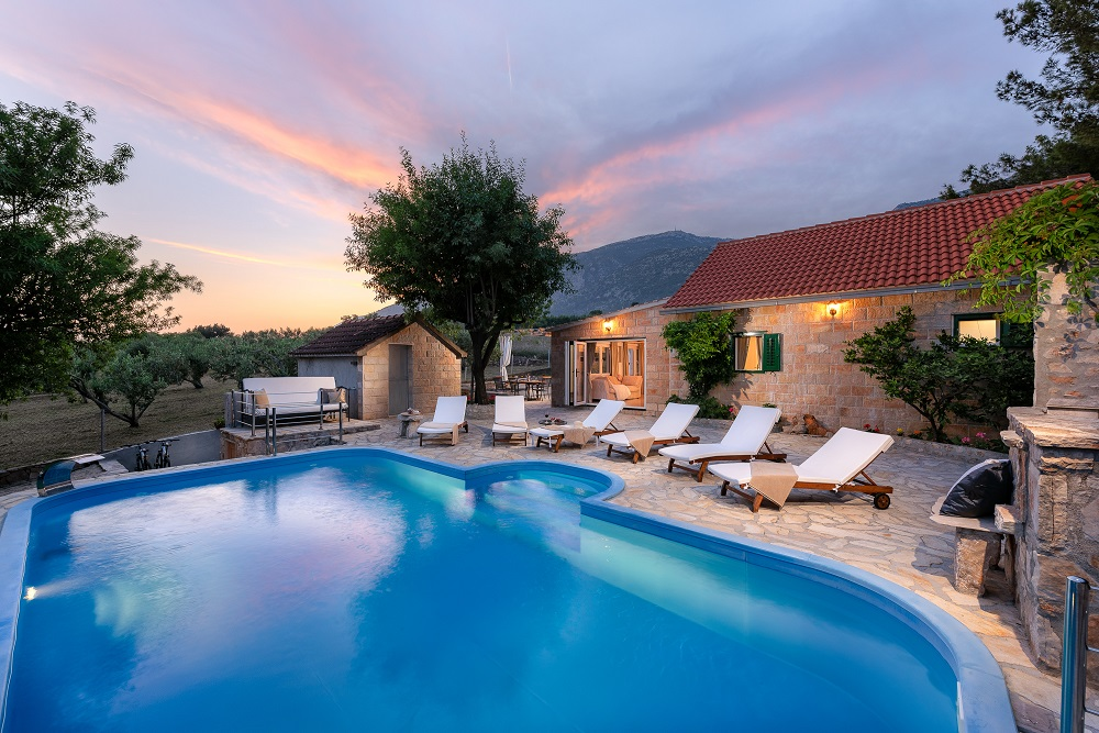 Villa Rose mit Pool