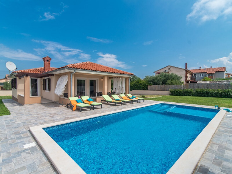 Villa Emmeline with pool